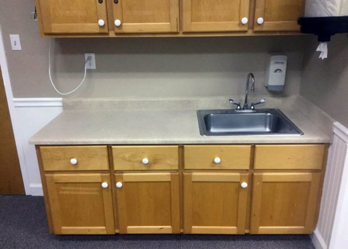 tubz plus-before and after-countertops-2A