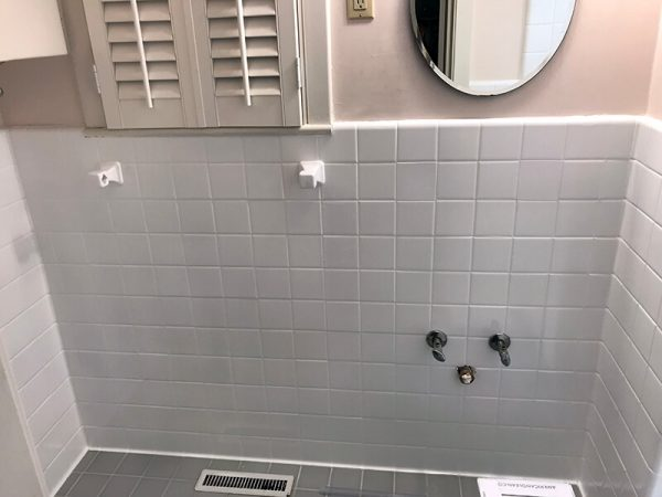 tubz plus-Ceramic Tile Refinishing Services-before and after-1B